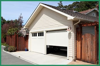 Quality Garage Door Service Harrison Charter Township, MI 586-501-4664